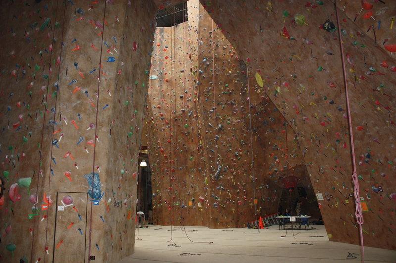 Mesa Rim Climbing Center, San Diego