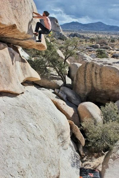 Rock Climbing Photo: Mike Conley soloing Hobbit Roof