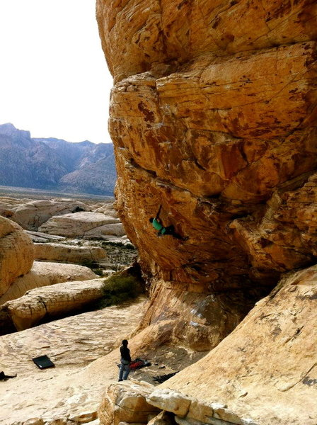 Down low on Keep your powder dry (5.12b), Trophy wall, Sandstone quarry, Red Rock.