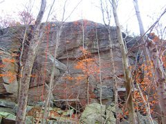 Rock Climbing Photo: Red arrow