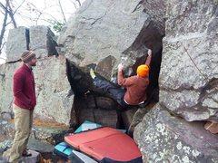Rock Climbing Photo: Ian re-sending Rail Gun. Nov 2011.