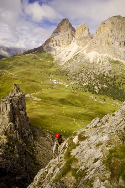 Pete on the easy ridge of 1 Sella Tower