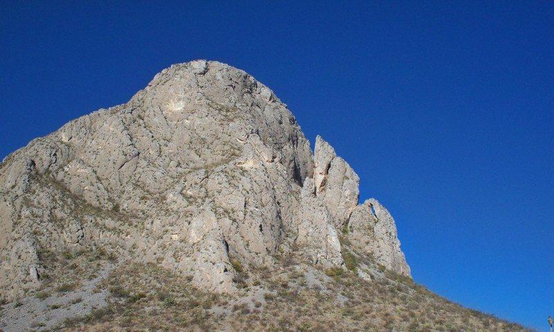 Rock Climbing Photo: Crescent Moon Buttress
