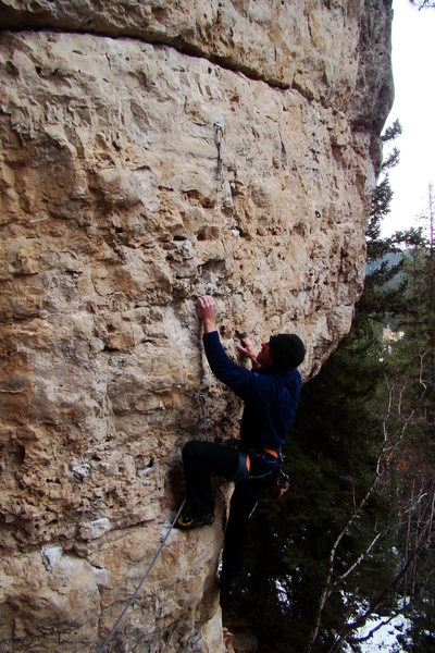 Rock Climbing Photo: Bomber pockets at an overhung start.