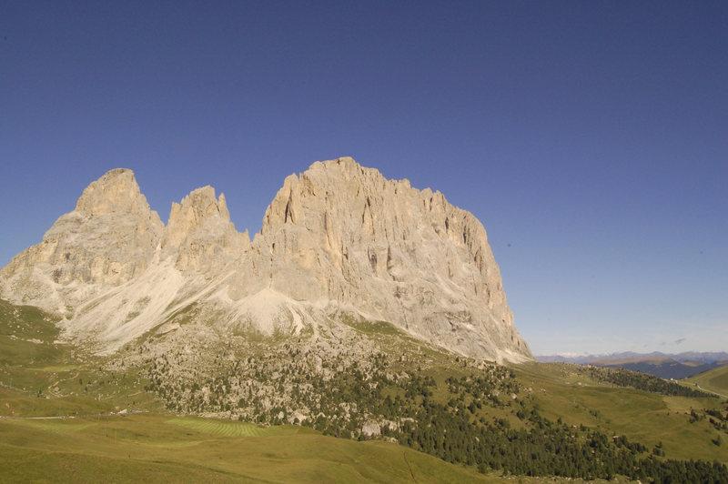 Rock Climbing Photo: Sassolungo II