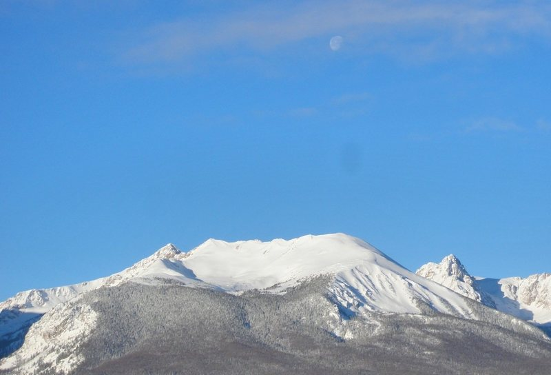 Rock Climbing Photo: Moon over the Gore Range.