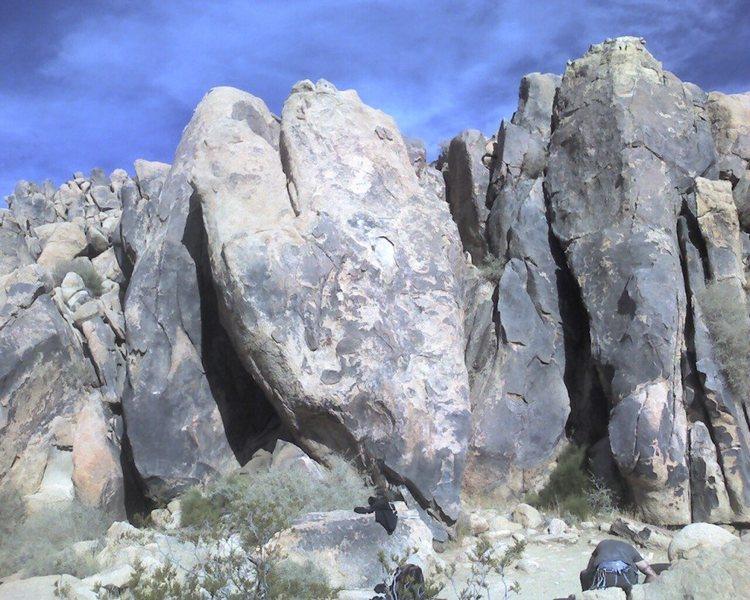 Rock Climbing Photo: Easy
