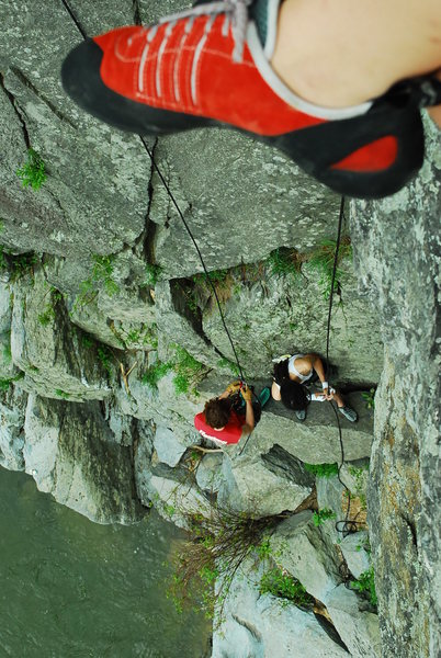 3rd trip to Great Falls, VA for climbing. Top-Rope solo unknown corner. With friends! Justin and Anna.