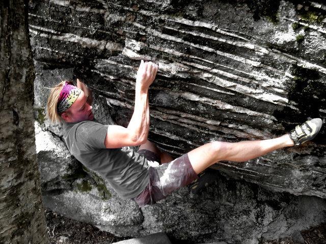 Rock Climbing Photo: Travis Melin on the FA of Crucifixion, V6, Overloo...