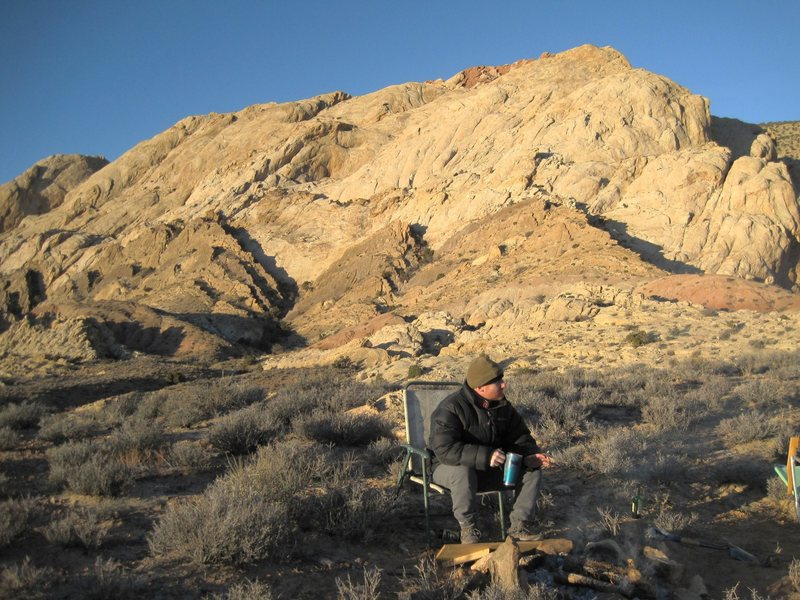 Rock Climbing Photo: Its chilly in November. Early morning tea.