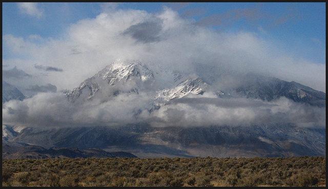 Mt. Tom.<br> Photo by Blitzo.