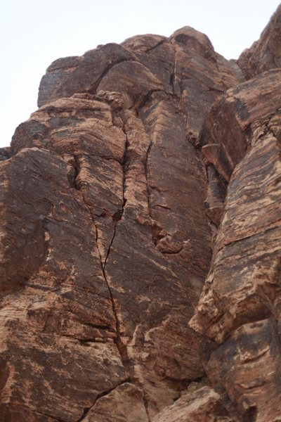 Rock Climbing Photo: Starts in obvious crack and stays right for 110' f...