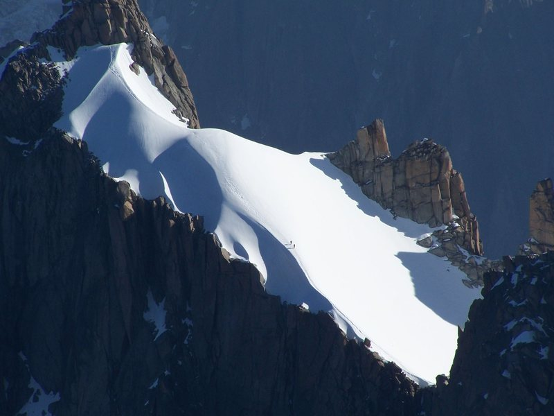 Climbers seen from the Aguille du Midi
