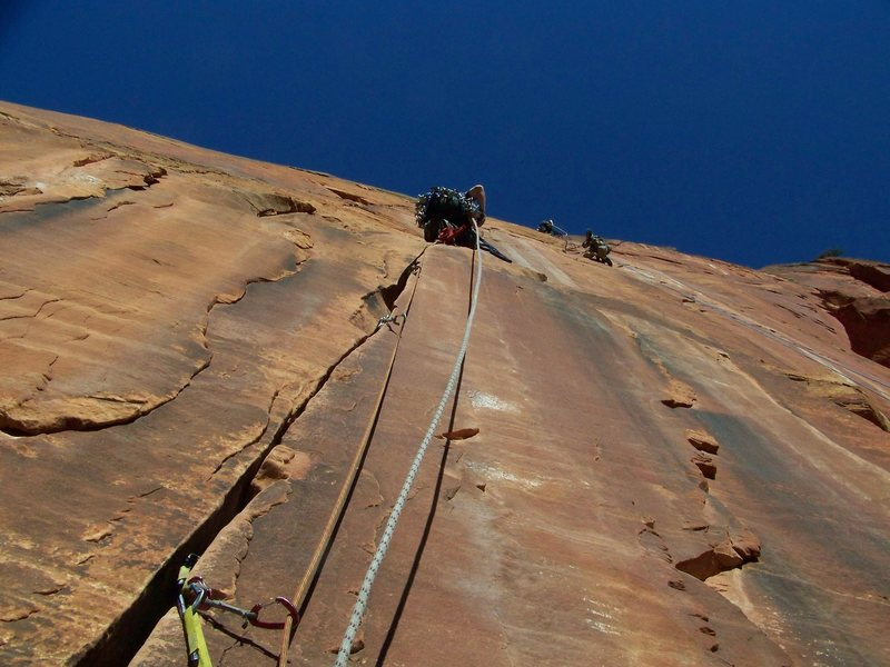Rock Climbing Photo: Leading 2nd pitch on the headwall.
