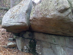 Rock Climbing Photo: Doug's Nose. Start on the rail under the roof. Wor...
