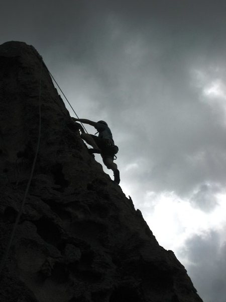 Finishing up High Center.<br> <br> Eric Hobday headin' to the anchor.