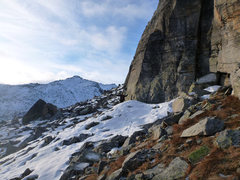 Rock Climbing Photo: At the base, ready to get off the snow..