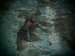 Rock Climbing Photo: Coming out from the arete and just below the corne...