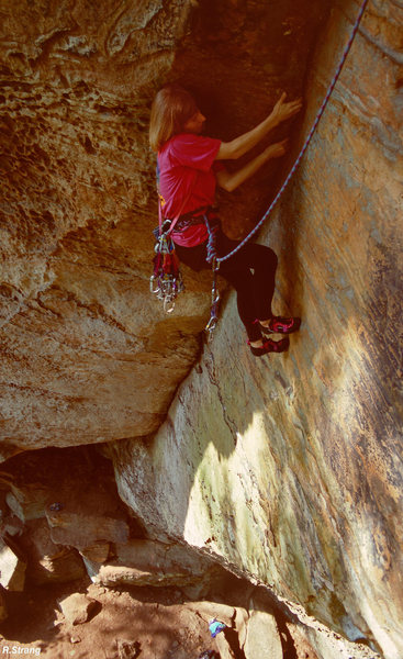 Susan cleaning the thin layback corner-<br> Beenstalker (5.10+)