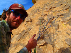 Rock Climbing Photo: chicken head anchor on 3rd pitch.