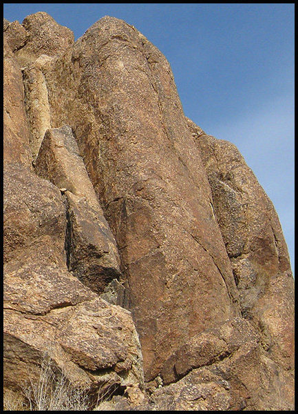 """The """"Neenee"""" goes up this buttress.<br> Photo by Blitzo."""