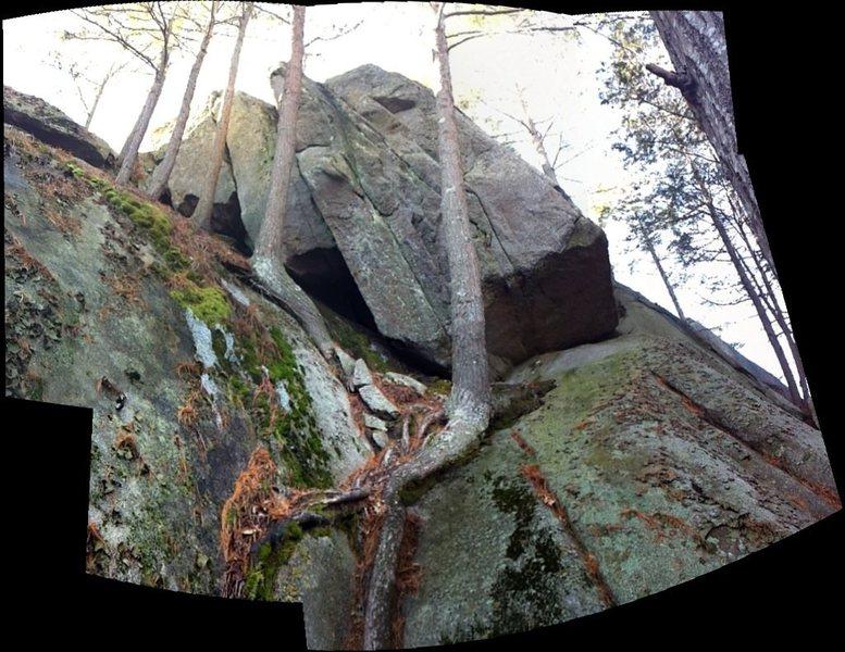 Rock Climbing Photo: Stone Hedge.