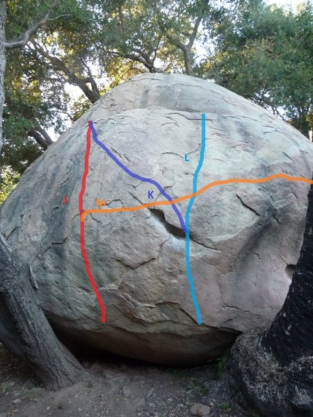 Rock Climbing Photo: Problem goes up and to the right.  Courtesy of: br...
