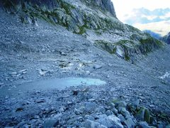 Rock Climbing Photo: Looking down over the plateau underneath the Graue...