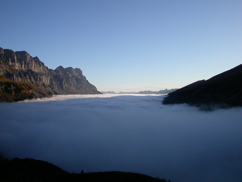 On the eastern side of the Klausenpass, just above the clouds