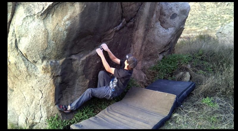 Rock Climbing Photo: The start of Reach for the Stars.