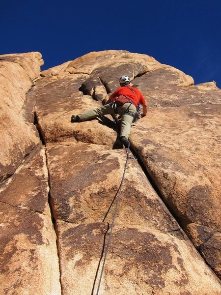 Rock Climbing Photo: Cell Break follows the crack then takes the right ...