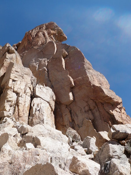 Rock Climbing Photo: Aprendiendo a Volar climbs the sun-lit right-facin...