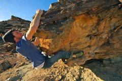Rock Climbing Photo: Rounding the corner.