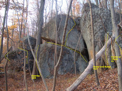 Rock Climbing Photo: right side is hump and bump