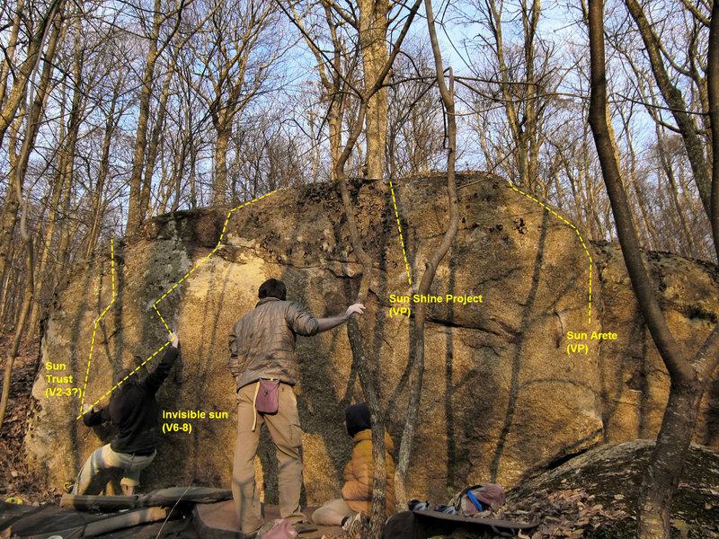 Rock Climbing Photo: sun boulder