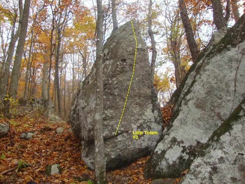 Rock Climbing Photo: little totem