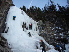 Rock Climbing Photo: The crowd at the Shroud - Time to go home.  All ni...