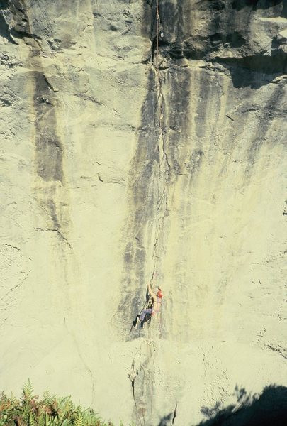 Rock Climbing Photo: Ludwig starting to clean, picking up where Lauri h...