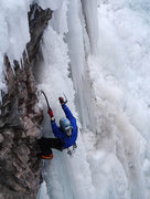 Rock Climbing Photo: The transfer to ice...in this case a horizontal, w...