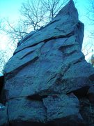 Rock Climbing Photo: Secluded climbing spot.  It's mildly intriguing fo...