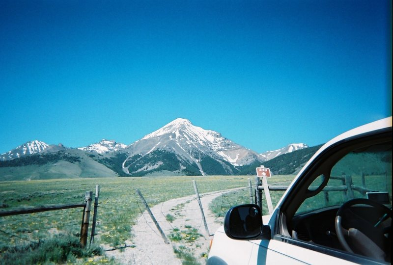 On the road to Diamond Peak