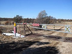 Rock Climbing Photo: FR 525, 2nd cattle guard is locked!  Last Chance C...