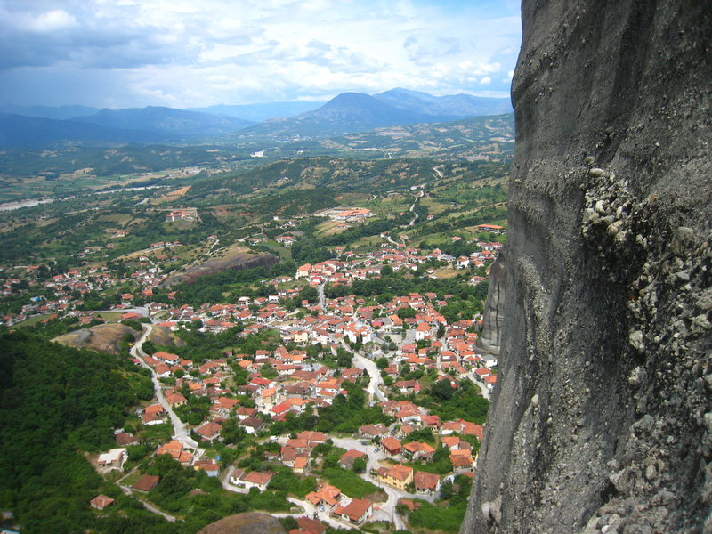 The village of Kastraki as seen from Hypotenuse.