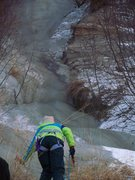 Rock Climbing Photo: Easy gully 200 yards before steep bluff ice