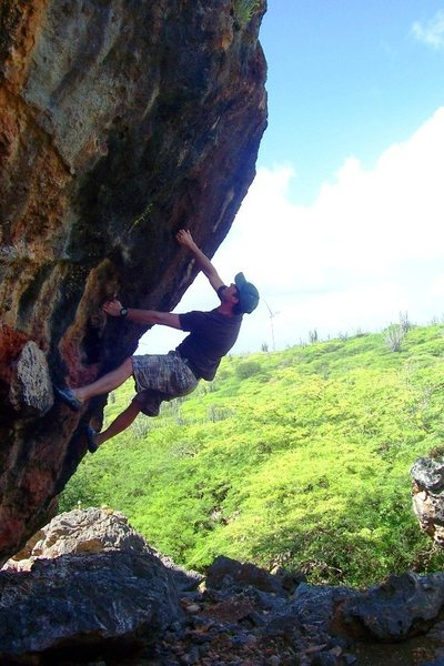 Rock Climbing Photo: East arete on Wind-ward Boulder