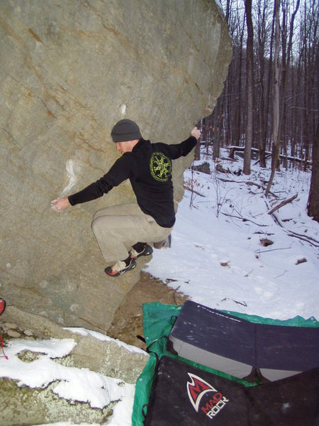 Rock Climbing Photo: West Nile Virus V1