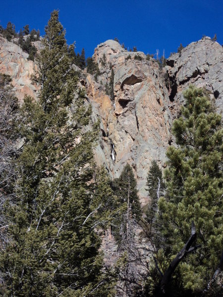 Rock Climbing Photo: Short But?
