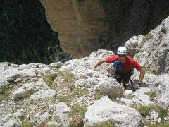 Rock Climbing Photo: Scramble finish above the steep chimney on pitch 8...
