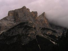 Rock Climbing Photo: Cima Scotoni with a flag of fog on the right, Punt...
