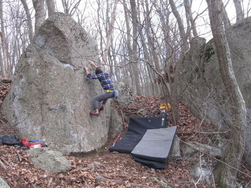 Rock Climbing Photo: Chalaza Traverse